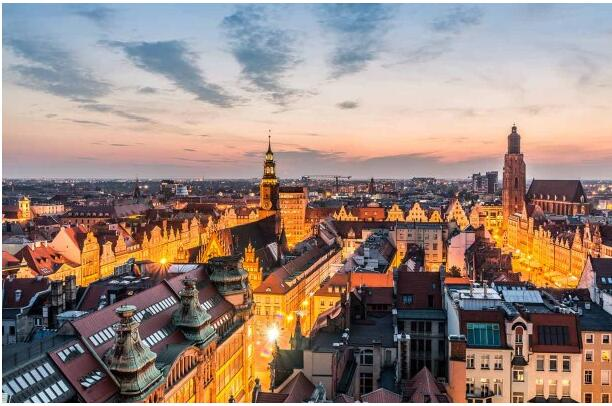 FLIGHTS, ACCOMMODATION AND MOVEMENT IN WROCLAW